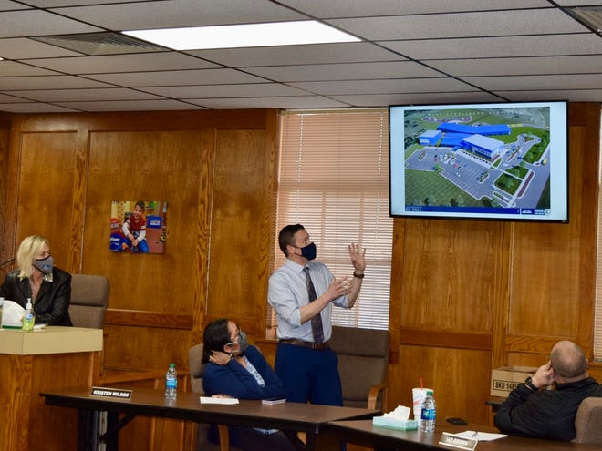Matthew Radcliffe from Mass Architects presenting the design for Shawnee Public Schools' new elementary school.