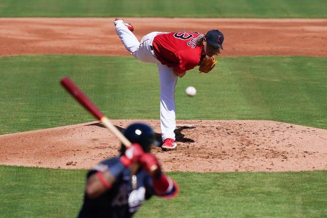 Boston's Garrett Richards throws in the first inning of Monday's game.