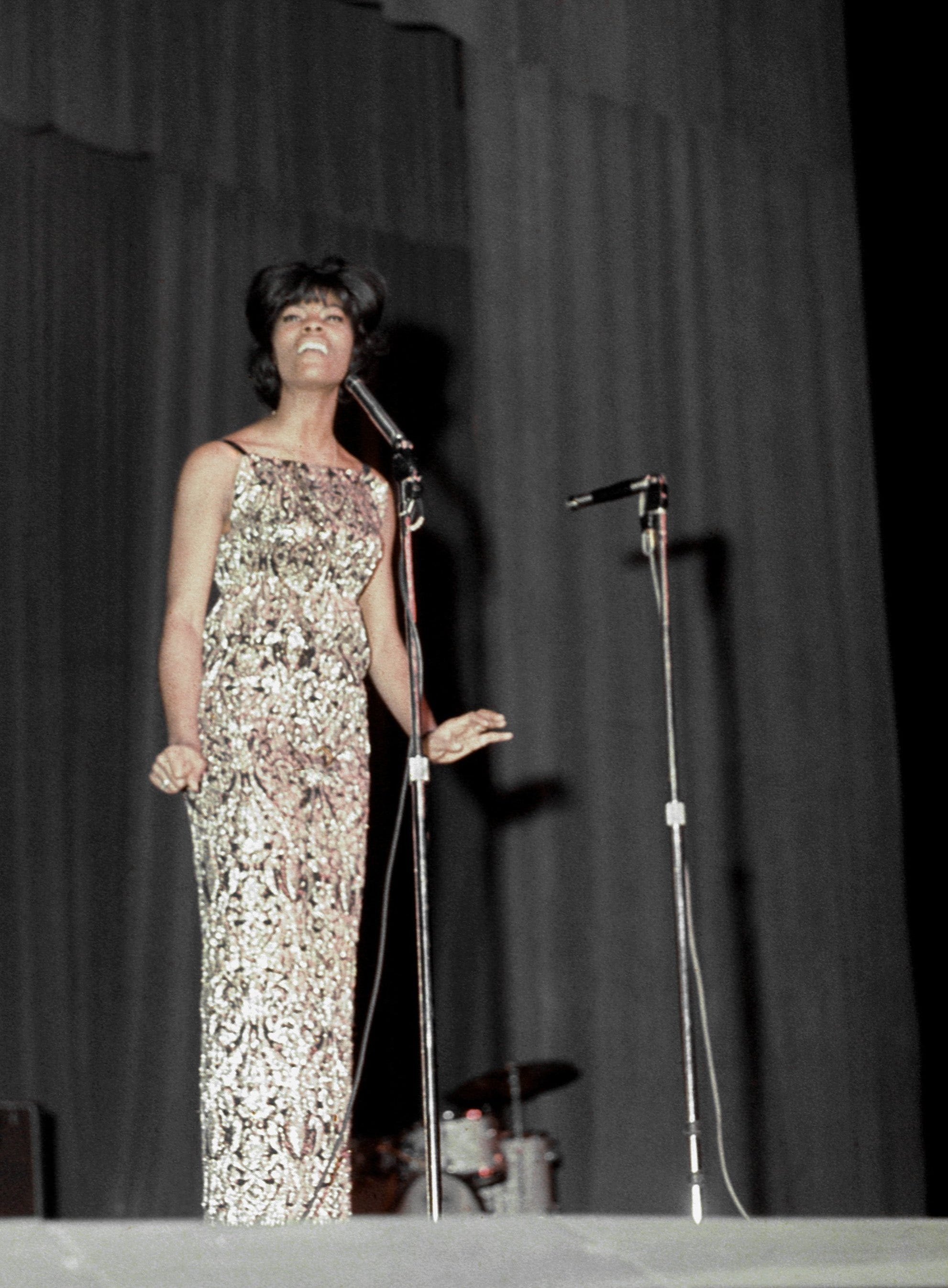 Dionne Warwick talks Twitter, SNL, Rock Hall nomination and BergenPAC Gala