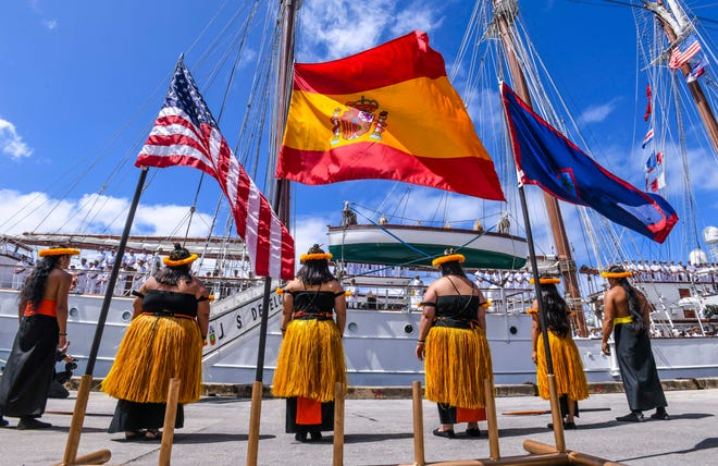 Ceremony sends off Spanish tall ship to continue circumnavigation trip