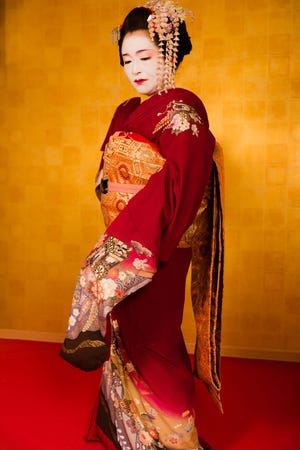 Geishas originally emerged in the early 18th century as assistants to a class of high-end Japanese courtesans known as oiran.