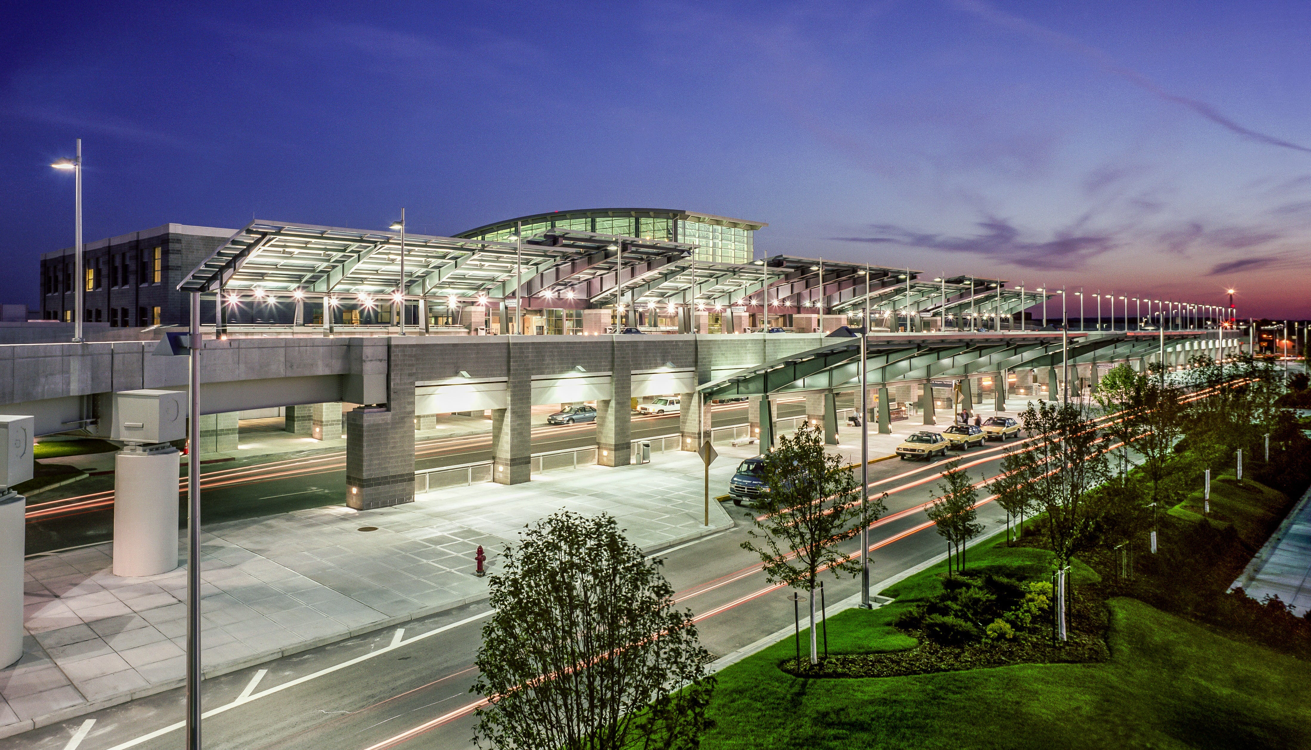 These are the top 10 small airports in the US, according to readers