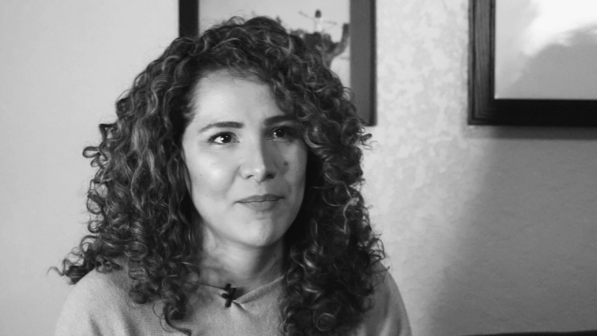 Ana Perla Nuñez compartió su historia personal como sobreviviente de abuso doméstico.