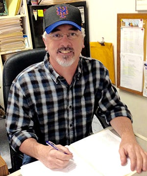 Kevin Edwards has been writing about baseball for more than 25 years. He's a lifelong fan of the Mets.