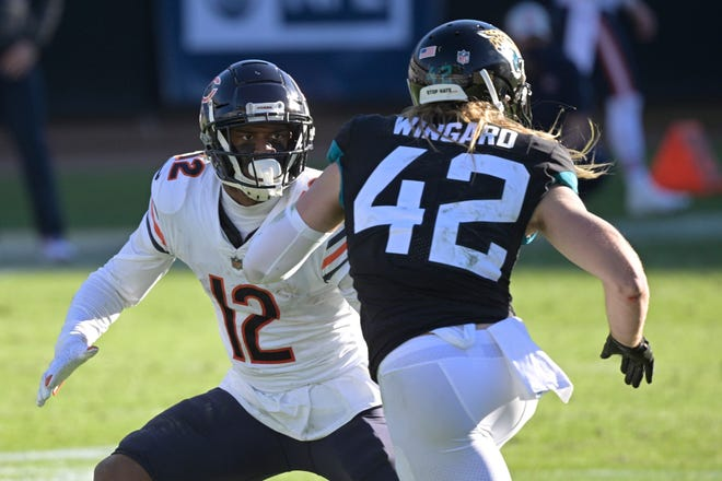 Chicago Bears wide receiver Allen Robinson II looks to get open past Jacksonville Jaguars safety Andrew Wingard during the second half of a game on Sunday, Dec. 27, 2020, in Jacksonville, Fla.