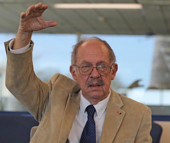 Professor Hal R. Wanless, University of Miami