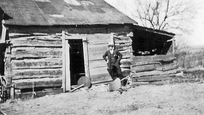 Cato cabin believed to be that of Robert and Minerva Fowler.