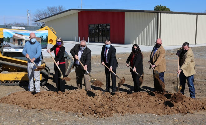Mercy leaders held a ceremonial groundbreaking for the new Mercy Clinic Primary Care in Poteau on Feb. 5.