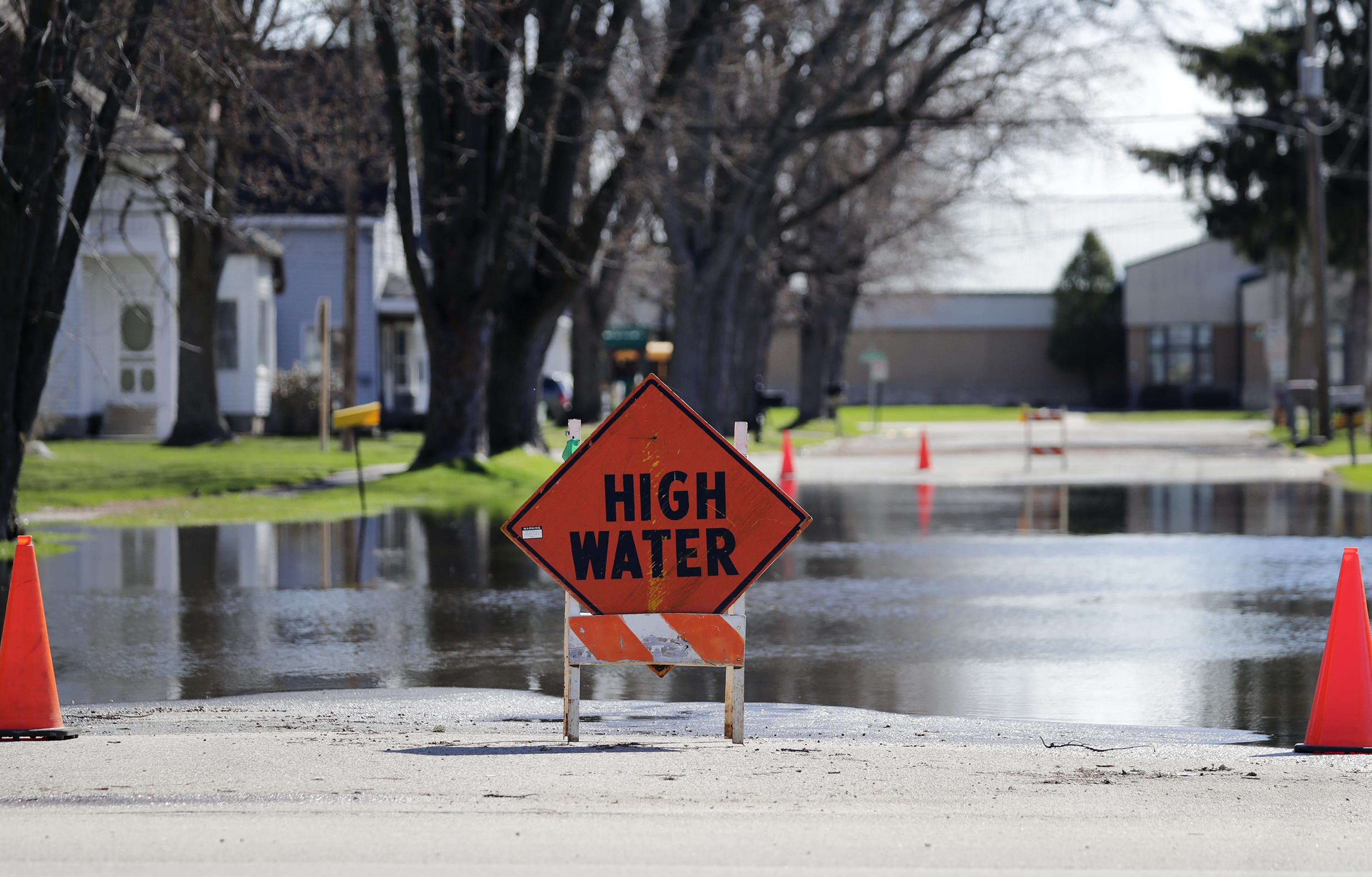 La Niña could bring 'roller coaster' weather across Wisconsin this spring as high water levels could bring coastal flooding in some areas