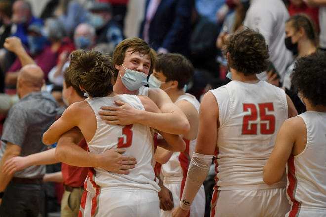Hendersonville defeated North Lincoln 75-59 in the state semifinal on Tuesday at Hendersonville Middle School.