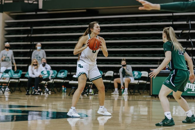 UWGB junior guard Hailey Oskey had 11 points in the Phoenix's loss to Cleveland State in a Horizon League tournament quarterfinal game at the Kress Center on Tuesday night.