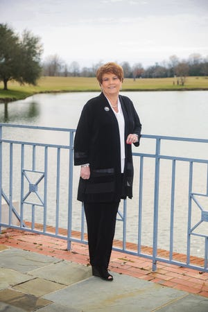Polly Hardegree has been named the new Montgomery County president of River Bank & Trust.