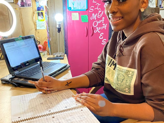 """""""Time is ticking, and I'm still here by myself, trying to figure it out,"""" Rosé Aliya Smokes, a senior at Metropolitan Business Academy in New Haven, Conn., said of her frustration with the federal college financial aid application form."""