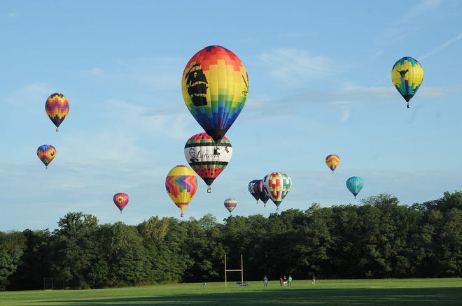 The Macomb Balloon Rally planning committee is moving ahead with planning a full event for Sept. 10-11.