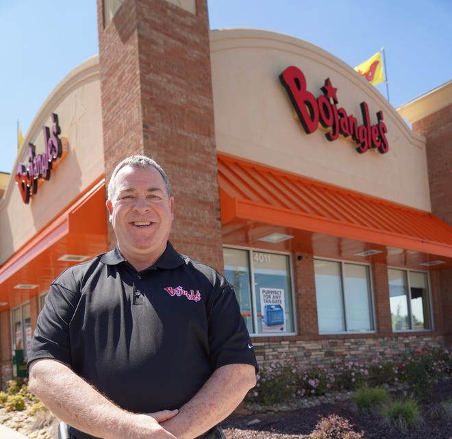Longtime Bojangles franchisee Jeff Rigsby plans to open 15 restaurants in central Ohio.