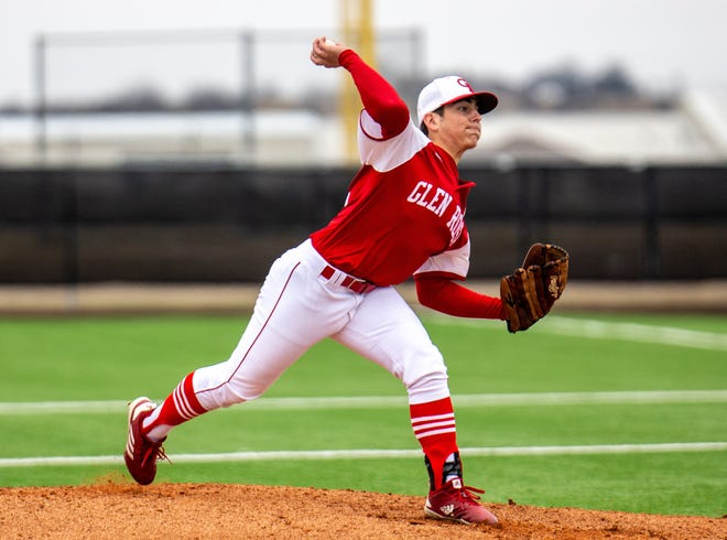 Glen Rose's Jake Treadaway delivers a pitch against Western Hills last Friday in Crowley.