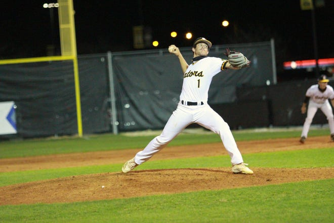 Slade Zeppuhar pitched a complete-game shutout in the Gators' win over Denham Springs, allowing just three hits and striking out 10.