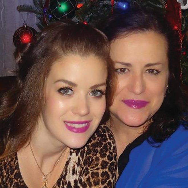 As empreendedoras Lisa e Maria Dias, criadoras da marca LisbonBlue.