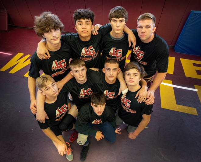Lake Gibson's nine wrestlers are headed to the IBT state wrestling championships that being Friday at Silver Spurs Arena in Kissimmee.