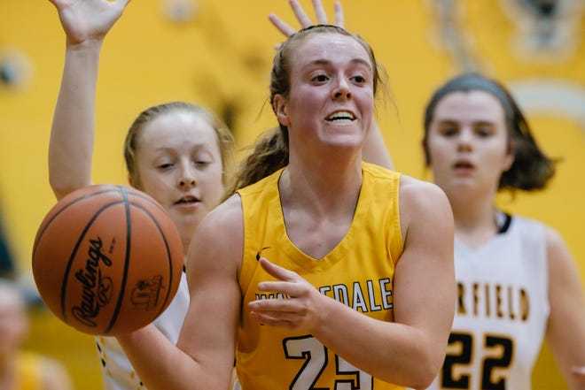 Waynedale's Brooklyn Troyer looks to pass during Wednesday's regional semifinal against Garfield.