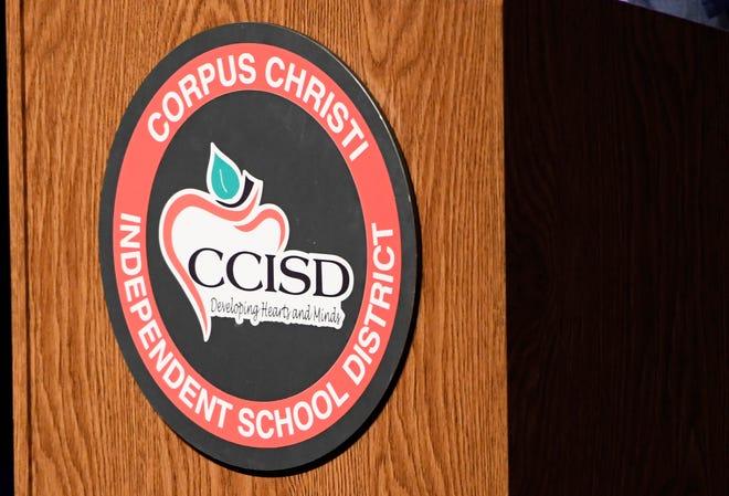 Superintendent Roland Hernandez announces the Teachers of the Year for Corpus Christi ISD on Thursday, March 4, 2021. Windsor Park Elementary's Rachel Beavers and Moody High's Luisa White won the awards.