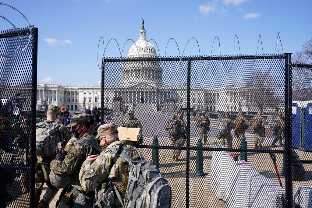 More than 1,000 Guard troops now leaving DC; others stay on 2