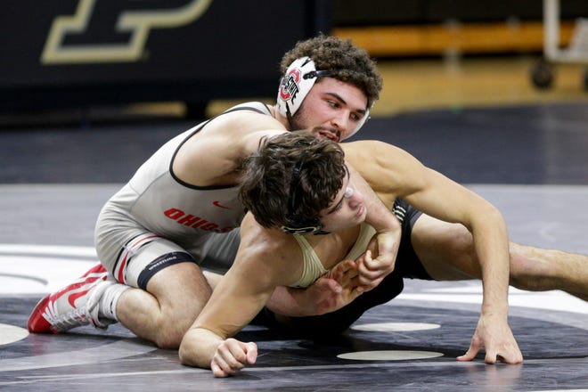 Ohio State's Sammy Sasso, left, is unbeaten this season and the top seed at 149 pounds in this weekend's Big Ten tournament.