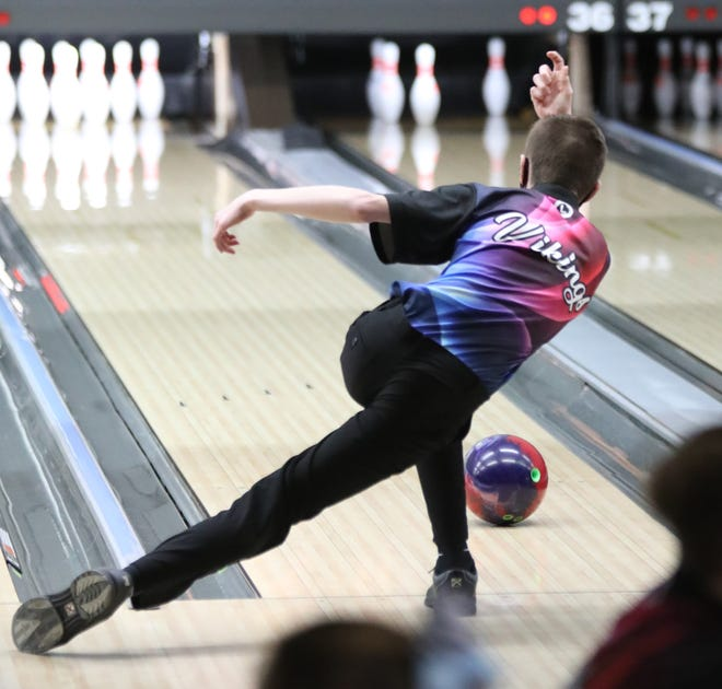 Seaman's Zander White rolled a 665 series to finish ninth at Thursday's Class 5-1A State Bowling Tournament at Northrock Lanes. White helped lead Seaman to a third-place finish as a team.