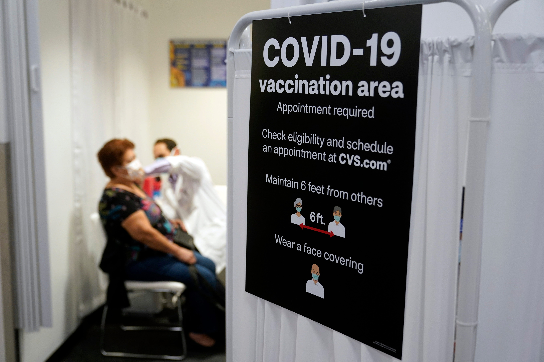 Defying rules, anti-vaccine accounts thrive on social media 2