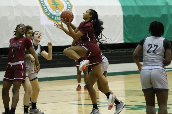 Junior guard Jade Bradley goes up for a layup during New Mexico State's game against Chicago State on Friday, March 5, 2021, in Chicago, Illinois.