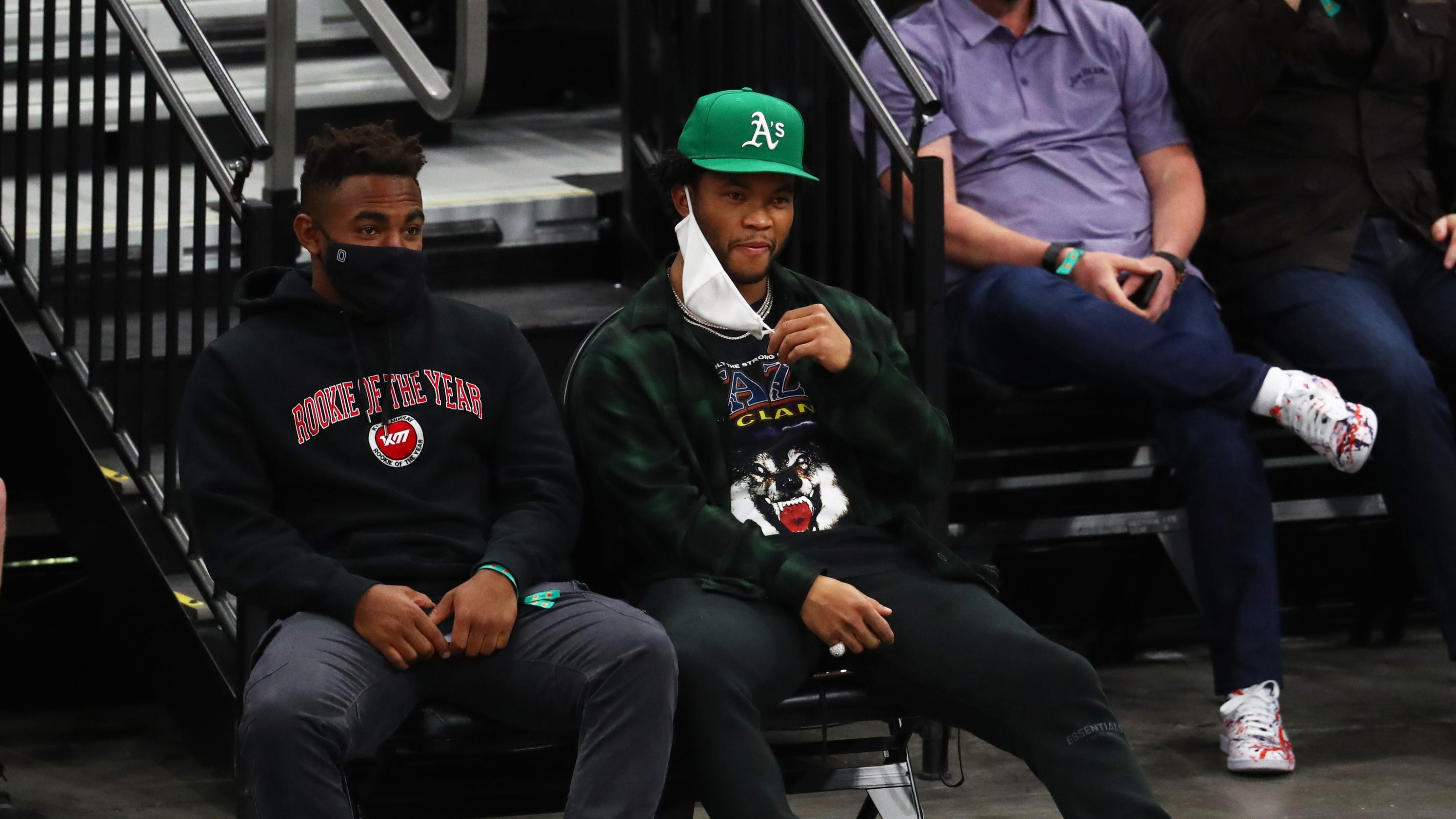 Arizona Cardinals QB Kyler Murray's hat 'creates stir' at Phoenix Suns game