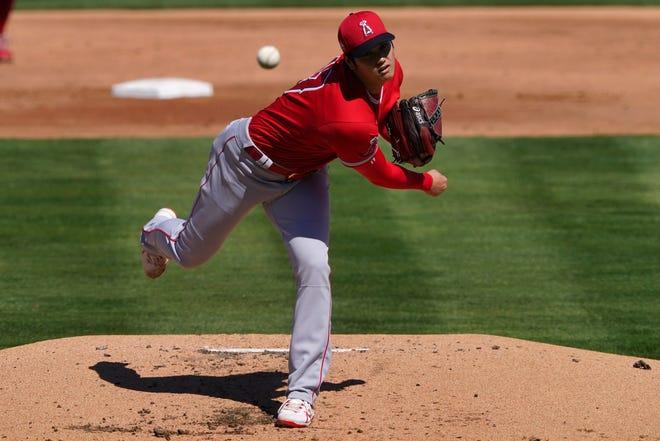 Shohei Ohtani pitches on Friday against the Oakland Athletics.