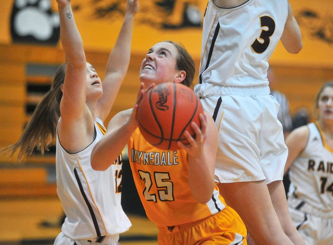 Waynedale's Brooklyn Troyer works inside down the stretch during her dominant 28-point, 16-rebound performance against South Range.