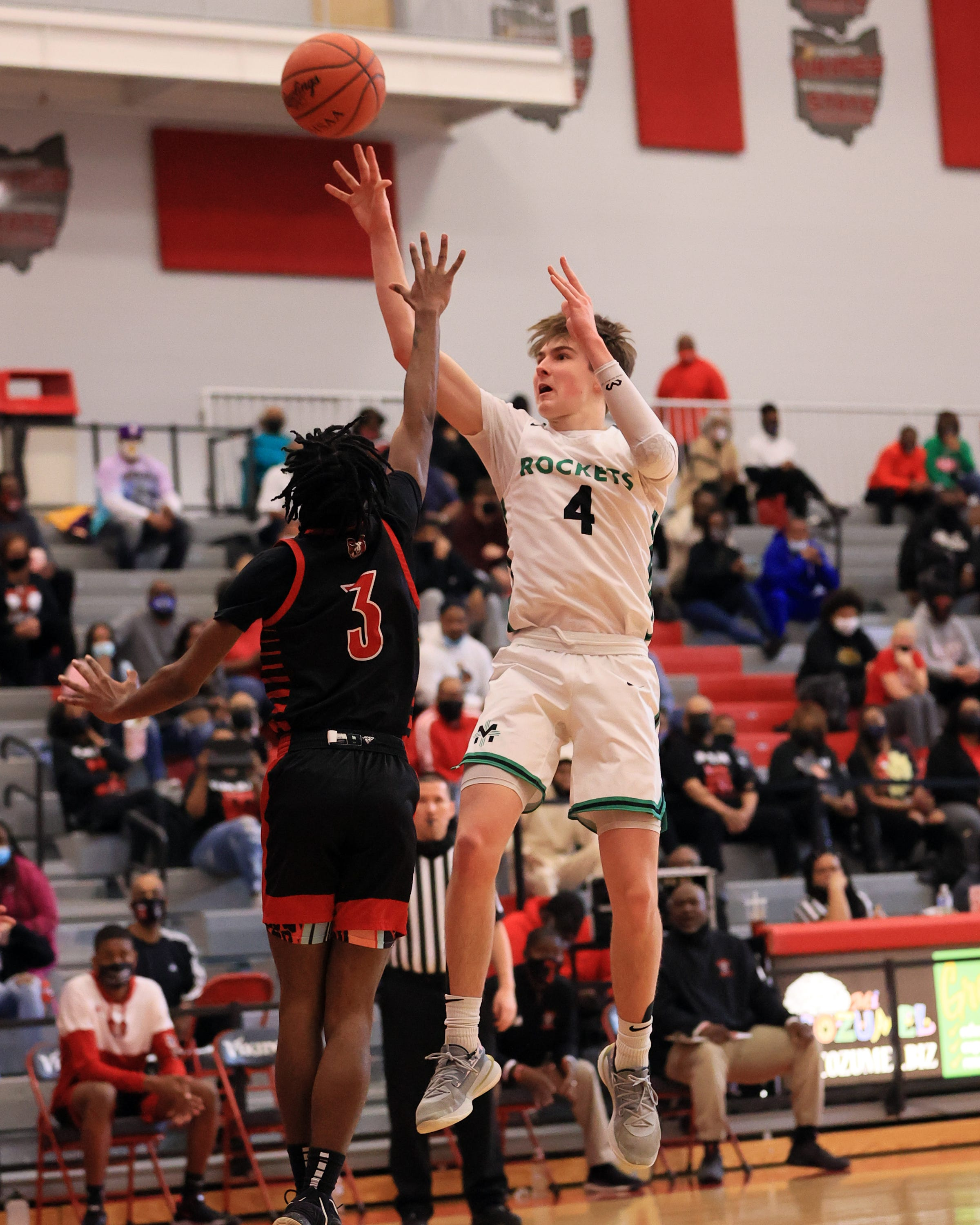 WATCH: McNicholas wins 1st district title since 1999 beating Trotwood-Madison in DII