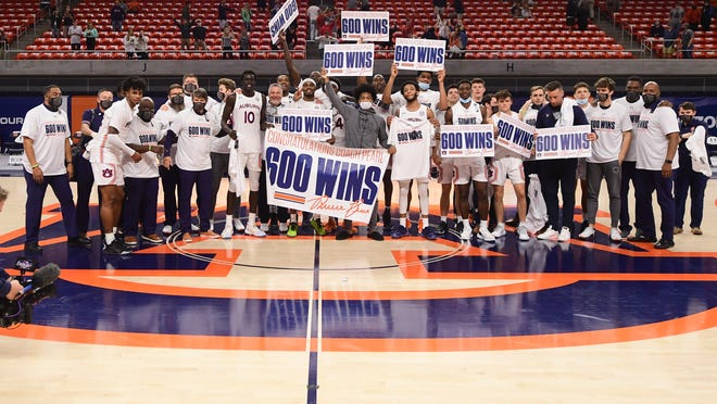 Auburn basketball beats Mississippi State, Bruce Pearl gets 600th win