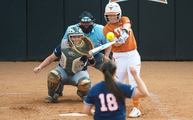 Taylor Ellsworth, seen in previous action, had the key hit as Texas rallied to beat LSU on Saturday.