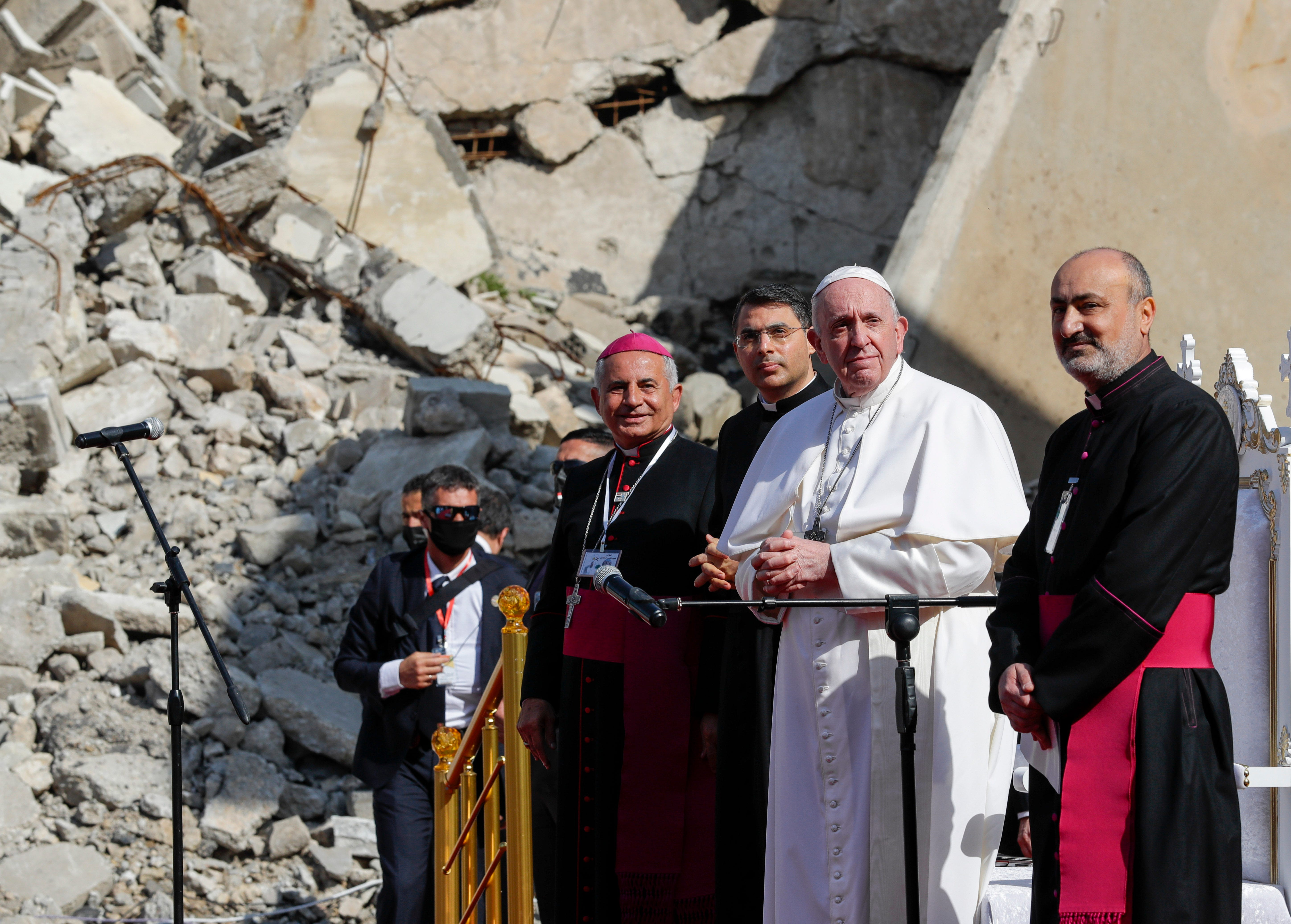 Where the Islamic State once ruled, Pope Francis calls on Christians to forgive, rebuild 2