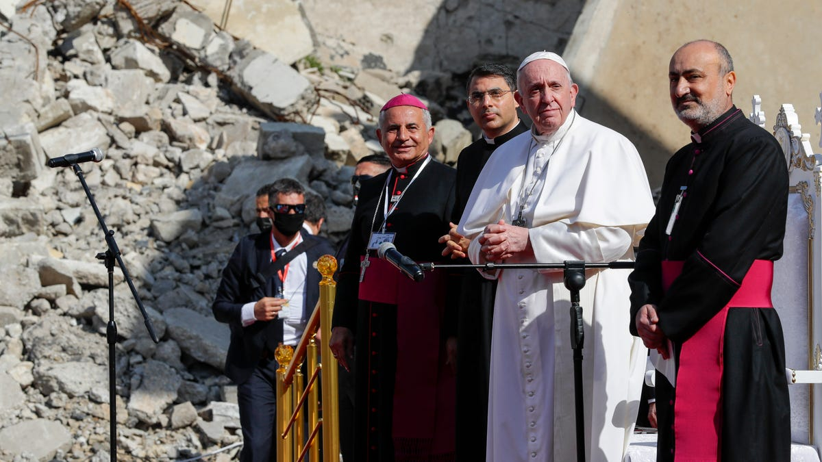 Where the Islamic State once ruled, Pope Francis calls on Christians to forgive, rebuild 3