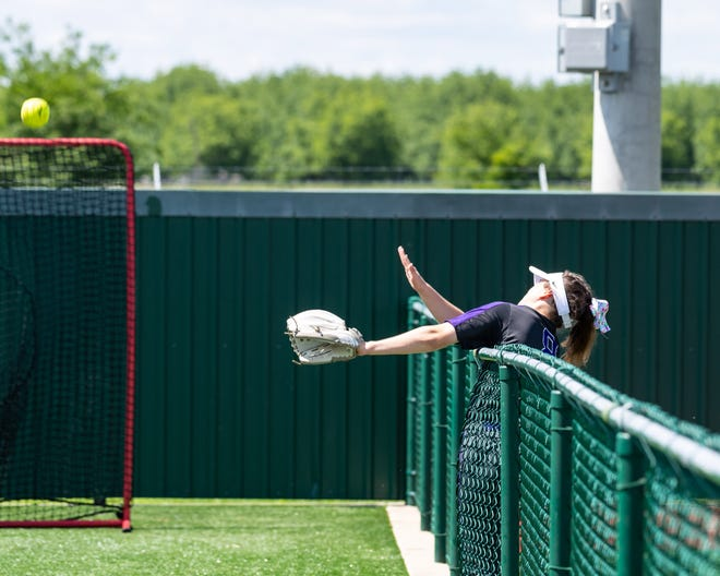 Cedar Ridge's Haley Hall tries to track down a foul ball in a playoff loss to Oak Ridge in 2019, which is the last playoff game for the Raiders. Cedar Ridge hopes to defend its district title after missing out on the opportunity last season because of the coronavirus pandemic.