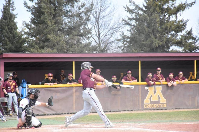 Brock Reller during a 2019 game. Reller was named the NSIC Player of the Week for a second straight week.