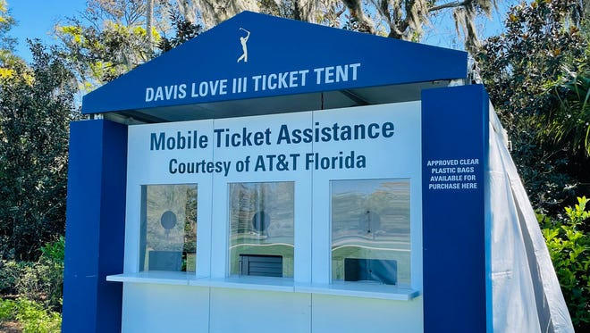 Booths with volunteers will be manned at The Players Championship to help fans with their mobile ticketing.
