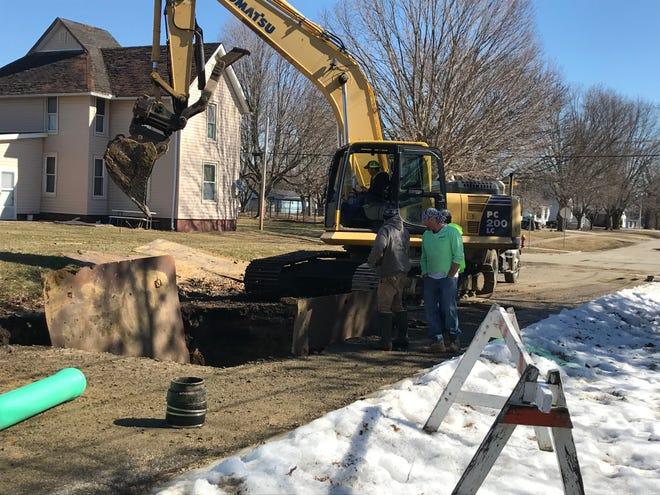 Sewer repairs at Northwest 6th St