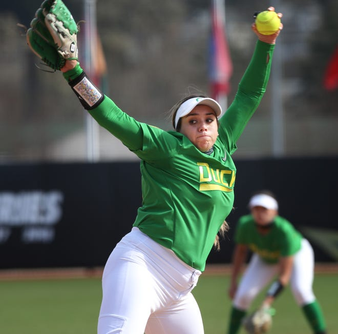 Oregon pitcher Brooke Yanez, seen here in a March 7 win over Boise State, had 12 strikeouts and no walks in Saturday's 1-0 win over Arizona in the first game of a doubleheader at Jane Sanders Stadium.