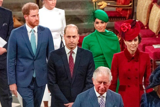 Dalam file foto Senin, 9 Maret 2020 ini, dari kiri, Pangeran Harry, Pangeran William, Meghan Duchess of Sussex dan Kate, Duchess of Cambridge dari Inggris meninggalkan Layanan Persemakmuran tahunan di Westminster Abbey di London.