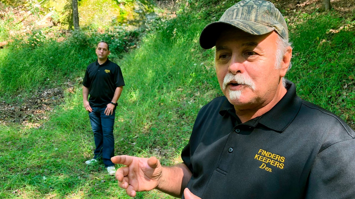 Emails: FBI was looking for gold at Pennsylvania dig site 2