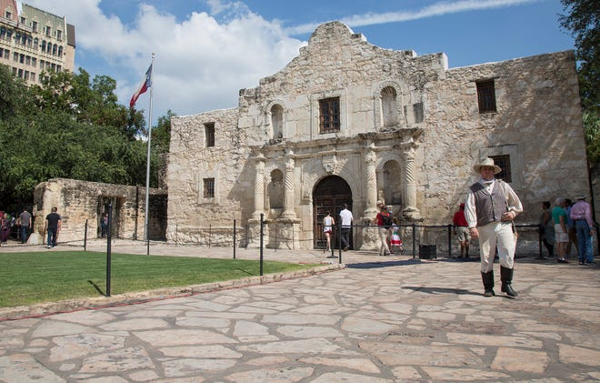 Want to visit the Alamo? Please wear a mask, the landmark's staff asks.