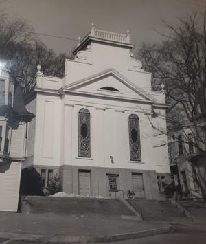 The 1837 United Baptist Church that stood on High Street for many years before being demolished in 1985.