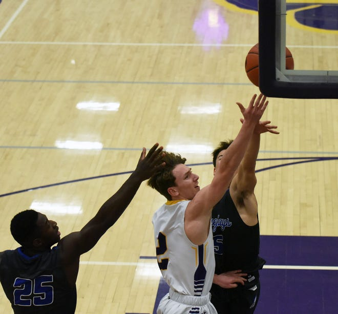 Cooper Bovee was a valuable senior contributor for the Nevada boys' basketball team in 2020-2021. Bovee helped lead the Cubs to a winning 11-10 season.