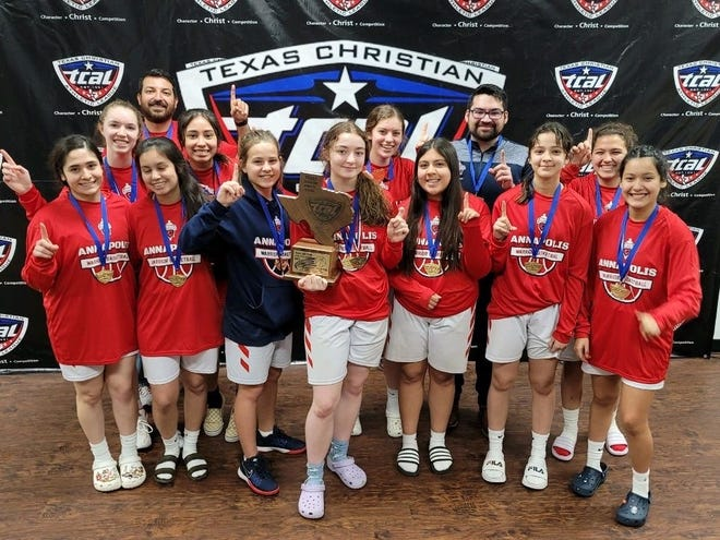 TCAL state champions Annapolis Christian Academy. Front row from left: Cam Gonzalez, Sierra Serguna, Kenzi Stice Kayla Chavez, Brianna Alaniz, Alex Lopez and Belen Garcia. Back row from left: Kate Messner, coach Andy Garcia, Griselda Morales, Annmarie Allen, Coach Jake Lopez and Selah Garcia.