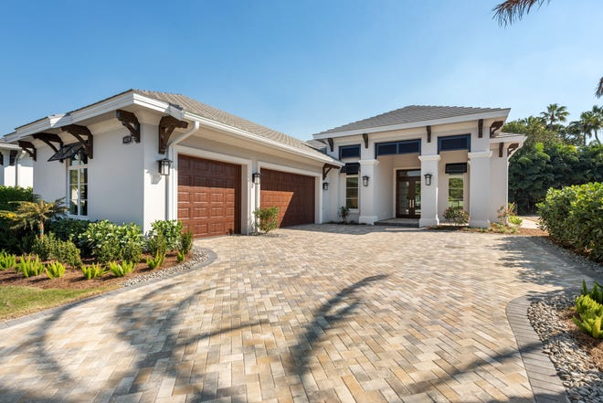 Seagate Development Group announced it has completed construction of a custom home at Windward Isle, a gated enclave of 28 single-family luxury homes just south of Orange Blossom Drive on Airport-Pulling Road in North Naples.